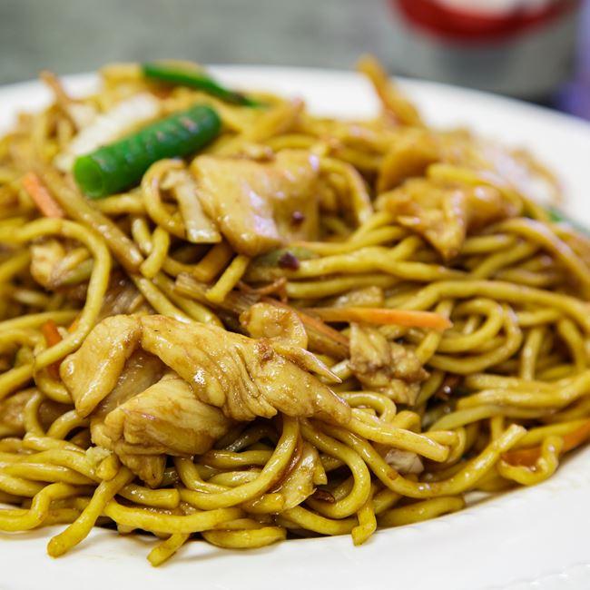 Chicken Lo Mein at China Wok