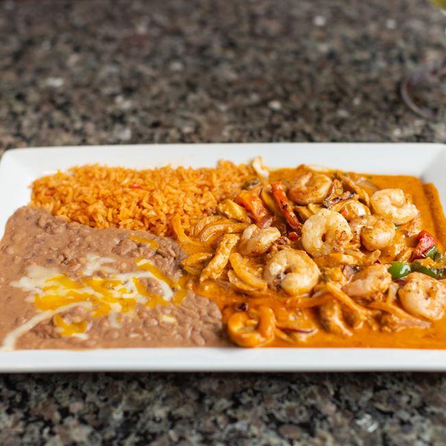 Pollo a la Crema at El Mezcal Mexican Restaurant