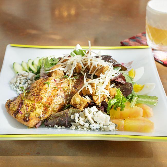 Cheel Salad with Salmon at The Cheel