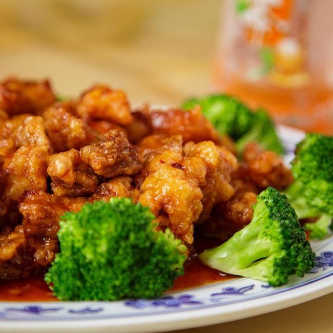 General Tso's Chicken at A8 China