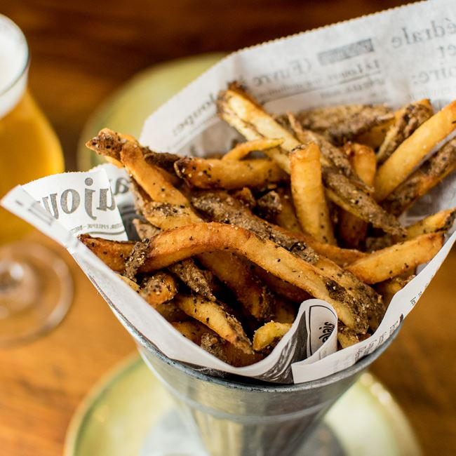 Frites at Longtable Beer Cafe