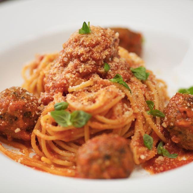 Mama Lucia's Spaghetti & Meatballs at Stella Van Buren