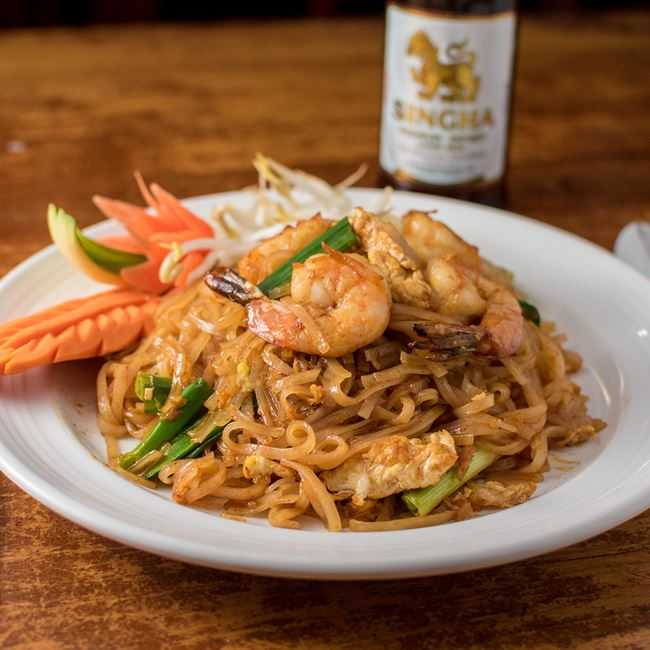 Pad Thai with Shrimp at Monsoon Siam