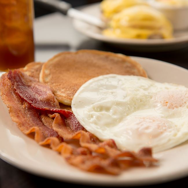 Early Riser Breakfast at Cedar Crossing Restaurant and Bar