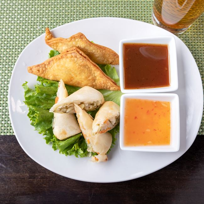 Crab Rangoon at Manila Resto