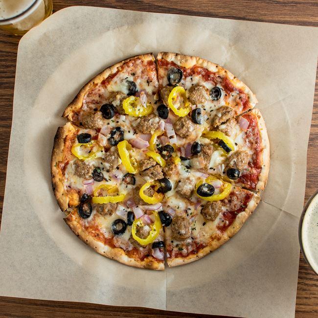Pizza at Dexter's Pub