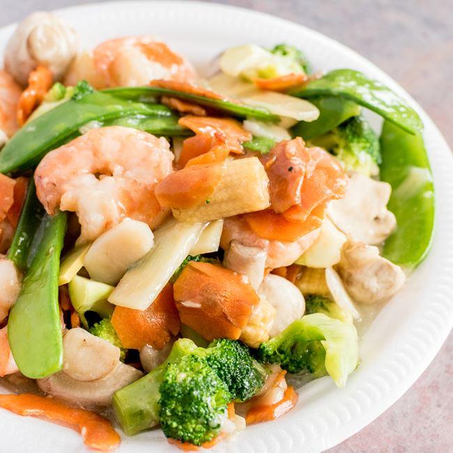 Shrimp Mixed Vegetable at Happy Wok