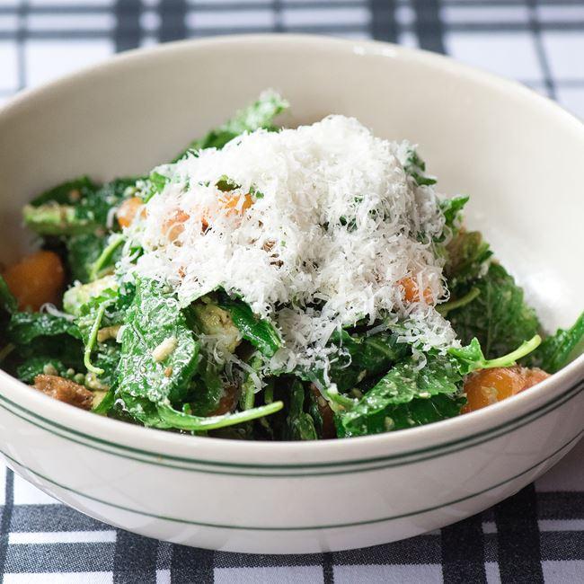 Kale and Avocado Salad at Luxbar