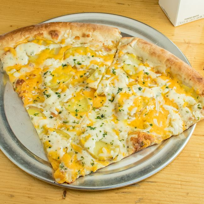 Cheesy Potato with Ranch Pizza