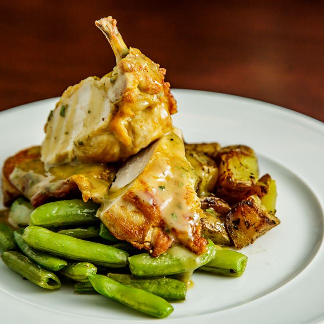 Pan Roasted Chicken at Mason Street Grill