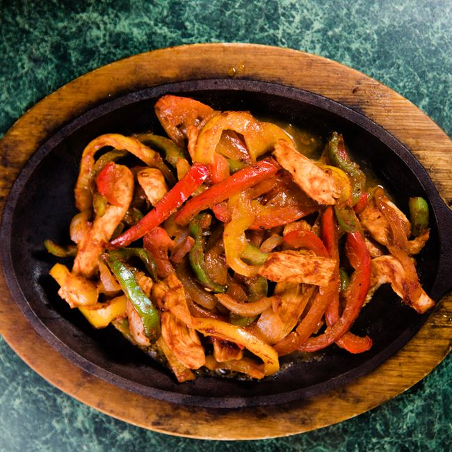 Chicken Fajitas at Mojo Rosas