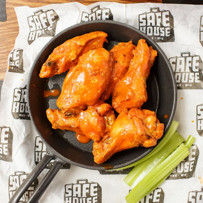 Buffalo Style Bird Watcher's Wings at SafeHouse