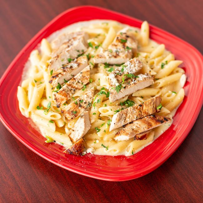 Chicken Alfredo at New York Pizza Depot