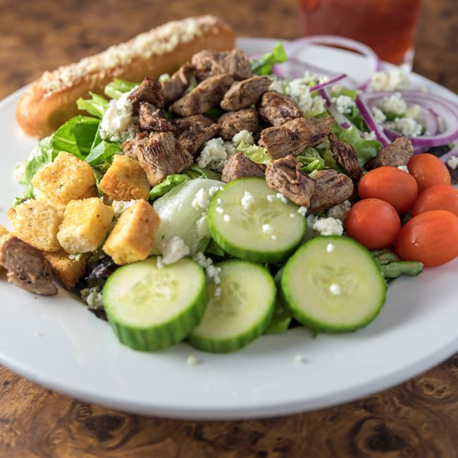 Grilled Tenderloin Salad at The Hangar Bar and Grill