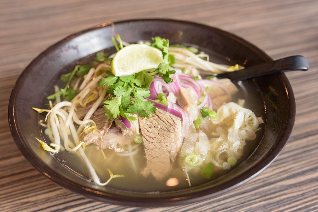 Deluxe Pho 11 50 One Bowl Asian Cuisine Ann Arbor Mi Food Photos Hankr