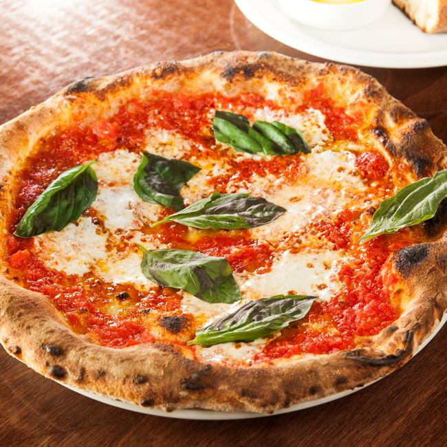 Margherita Pizza at Pizza Brutta