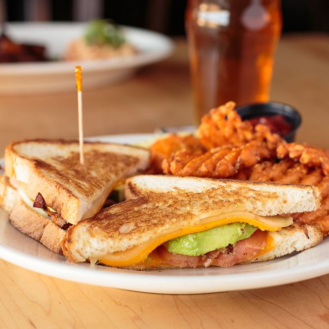 Kinnickinnic's Royal Grilled Cheese at St. Francis Brewery & Restaurant