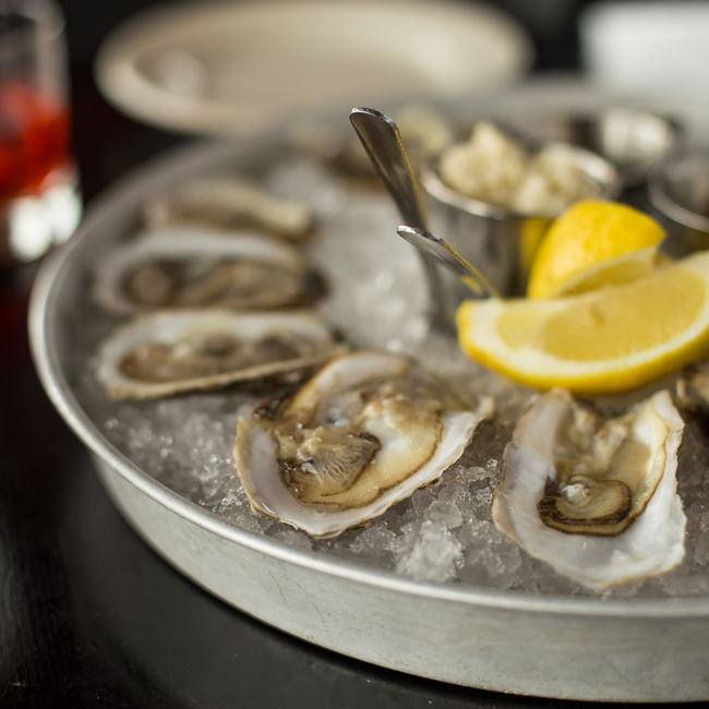 Fresh-shucked Raw Oysters at Maxie's