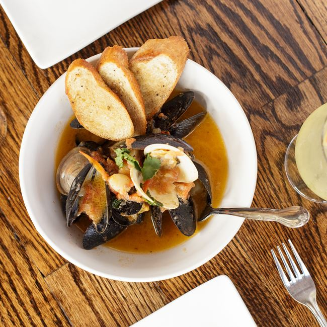 Bay Scallops, Clams & Mussels