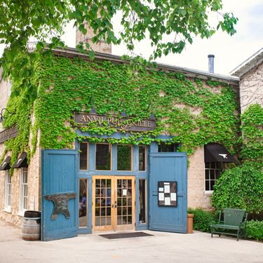 View restaurants in Cedarburg, WI