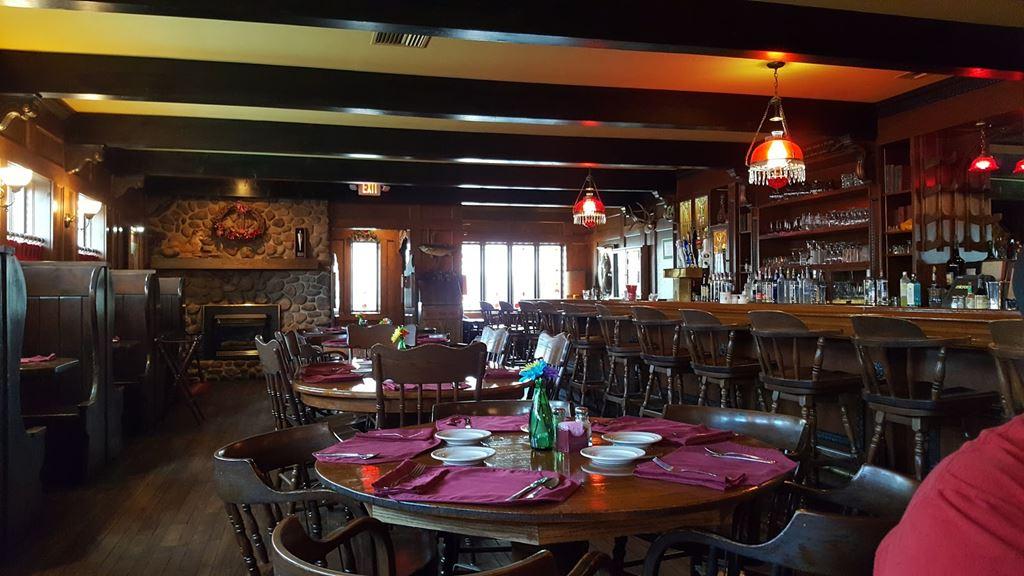Polecat Lace Photos At Restaurants
